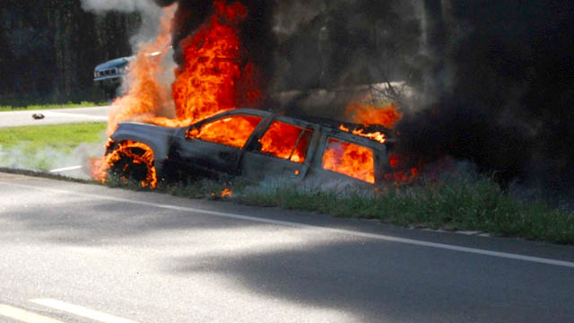 Jeep Grand Cherokee Fire from car accident